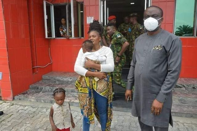 Wike pays ₦200 million to families of soldiers, Policemen killed in Oyigbo