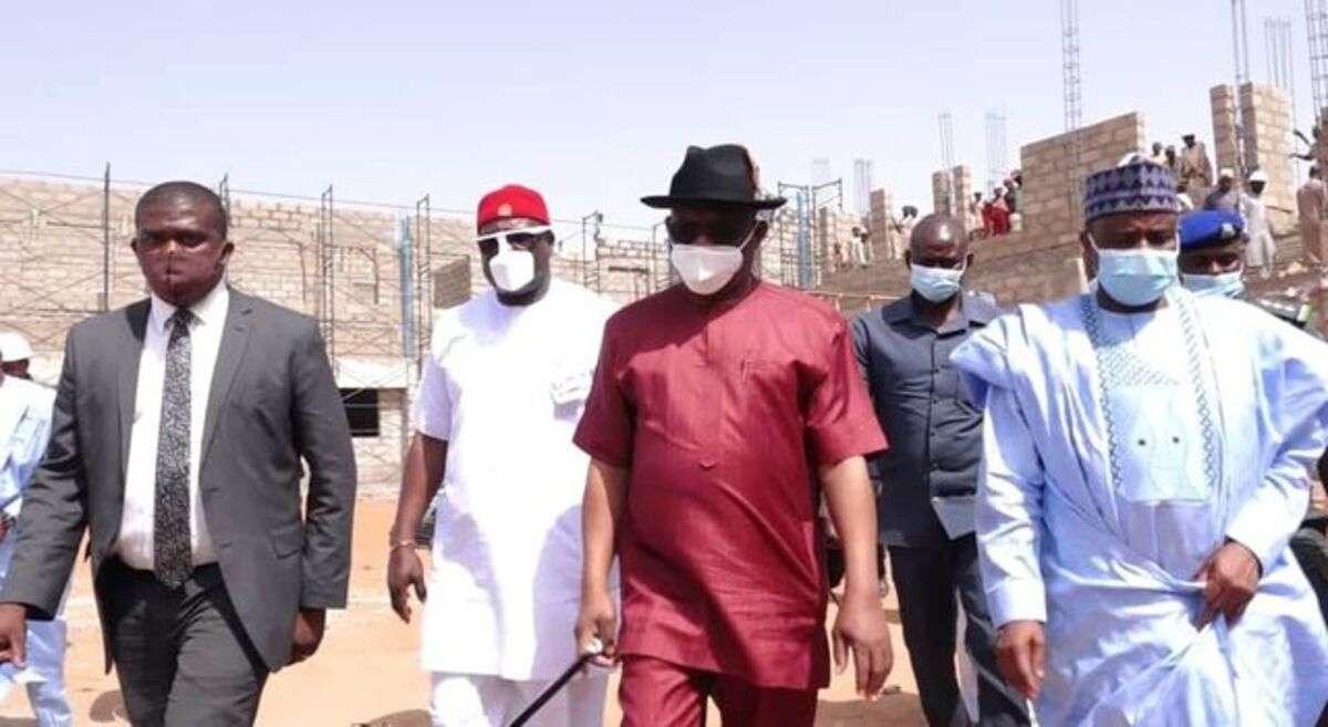 Nigerians lambast Wike for donating ₦500 million to Sokoto state