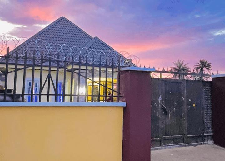Sabinus house for Parents