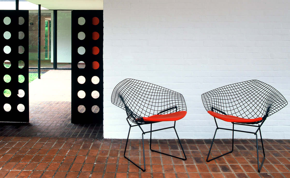 cafe chairs metal adirondack chair footrest bertoia small diamond with seat cushion - hivemodern.com