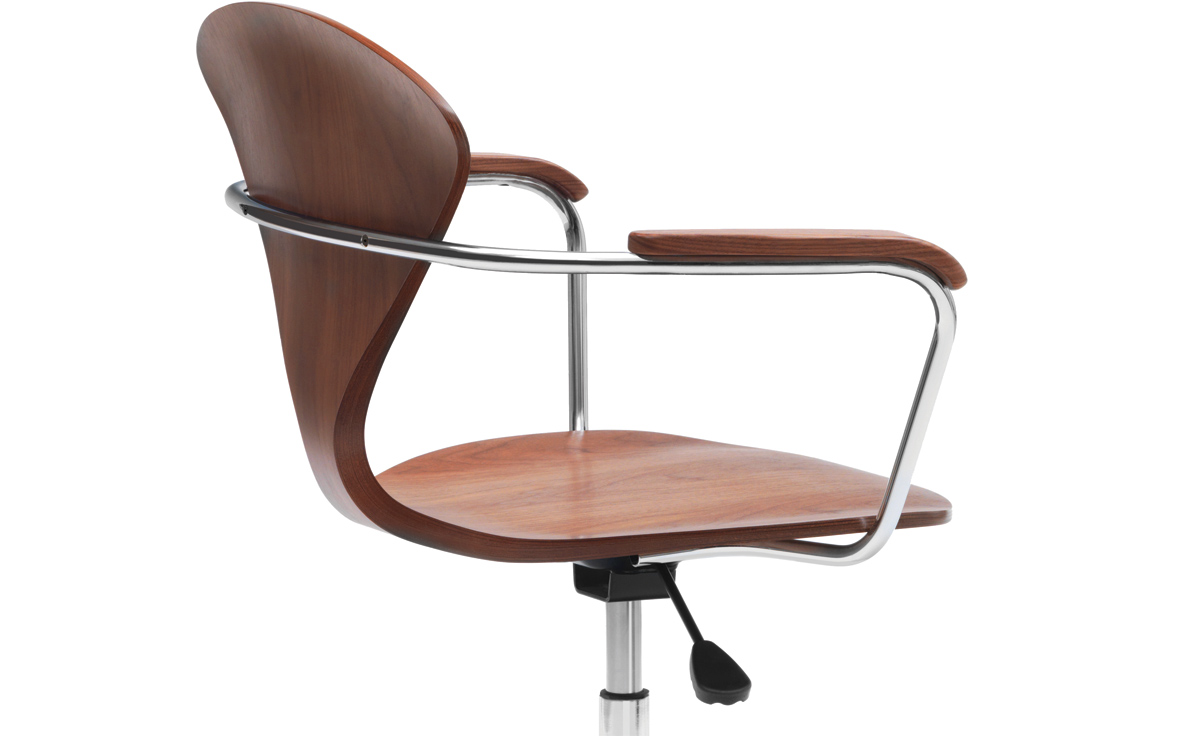 chair with arms herman miller aeron repair manual cherner task hivemodern com