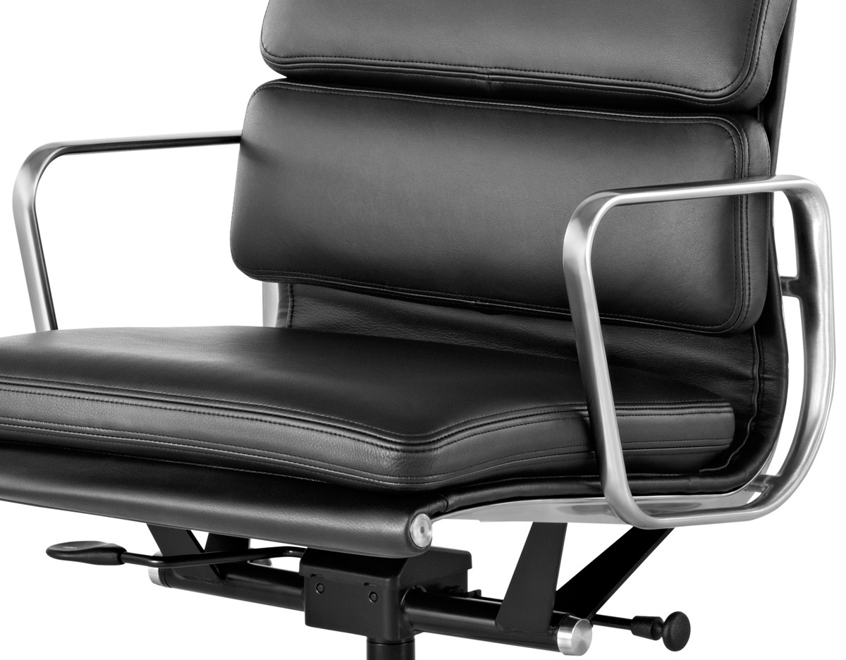 Eames Soft Pad Management Chair Eames Soft Pad Group Management Chair Hivemodern