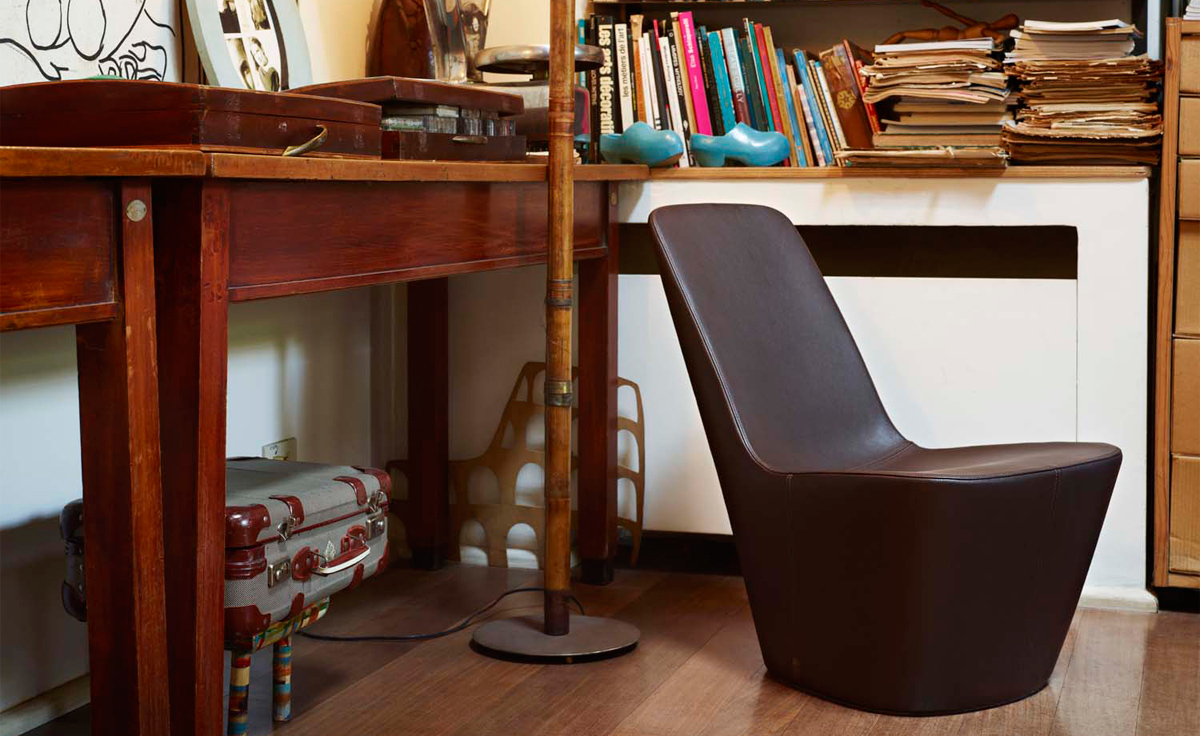 plastic lounge chair mechanical for elderly monopod - hivemodern.com