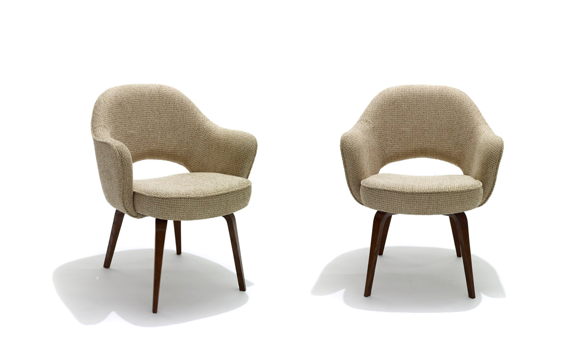 swivel office chair without arms bedroom styles saarinen executive arm with wood legs - hivemodern.com