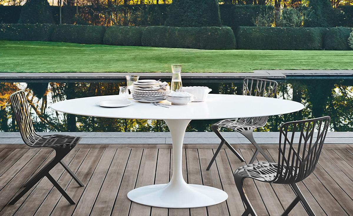Saarinen Outdoor Oval Dining Table  hivemoderncom