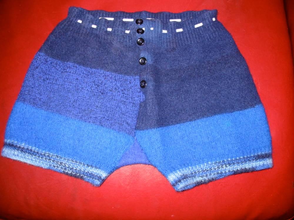 Knitting Nancy (2/3)