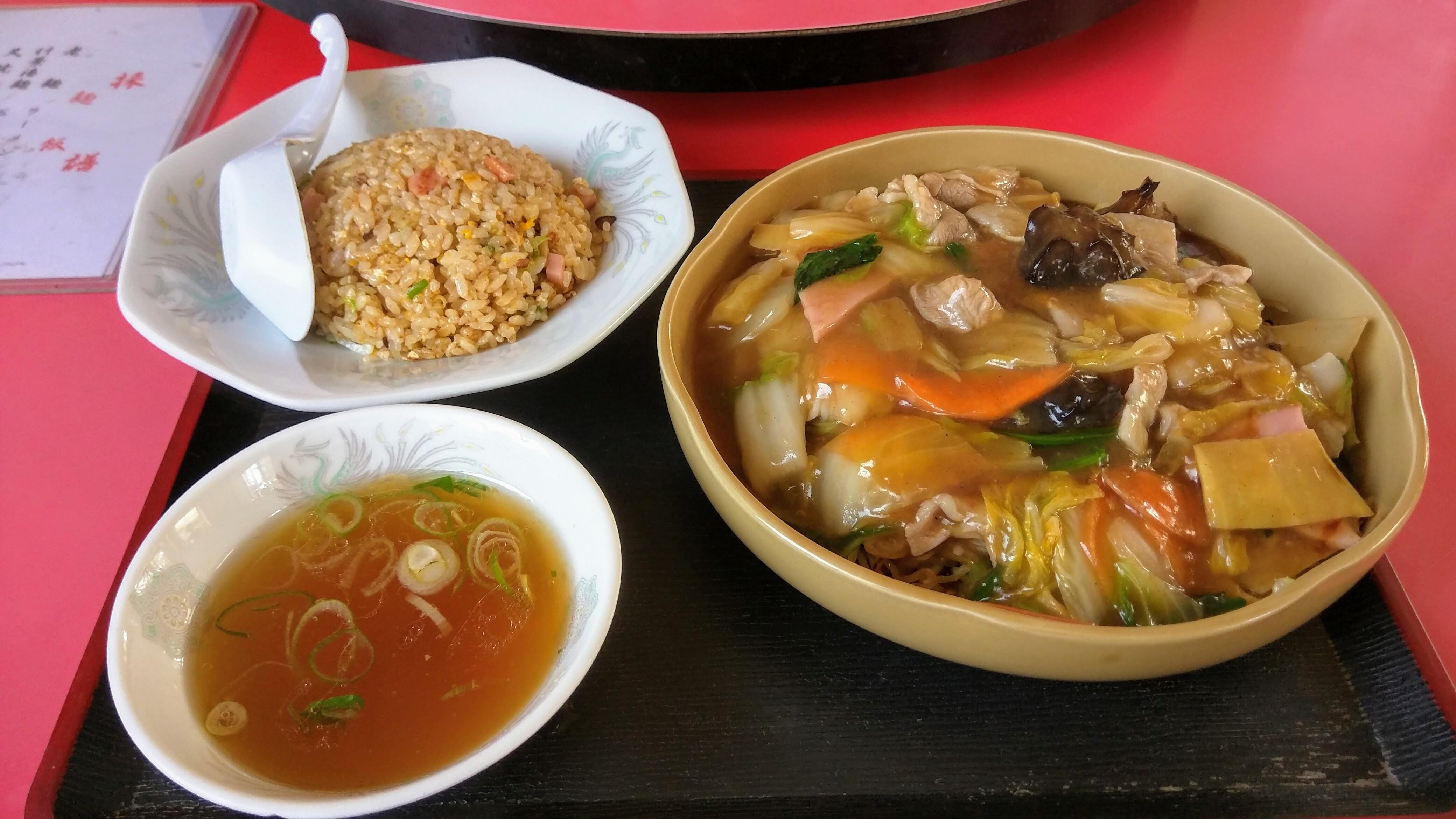 五目焼きそば半チャーハン干楽中華菜園