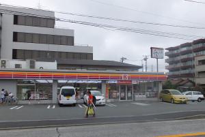 綱島街道沿いの綱島SST近くにある