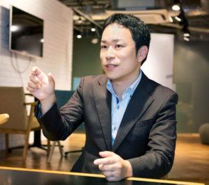 「ひよし塾」塾長の玉田久文(ひさあき)さんは兵庫県神戸市生まれ。リクルート運営のオンライン予備校「スタディサプリ」の人気講師としても知られている(ひよし塾提供)