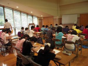 株式会社タマダを設立した頃の夏合宿の様子。玉田さん自身、幼稚園の頃から3つの「中学受験塾」に通い、受験生の気持ちは痛いほど理解できるという(同社提供)