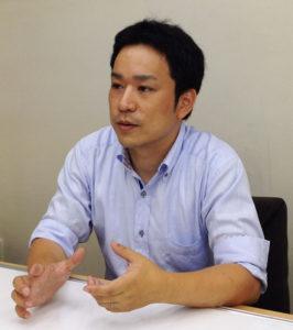 玉田さん自身、二児の父。現在、港北区内の師岡町に在住していることもあり、地域の事情にも精通している(同塾提供)