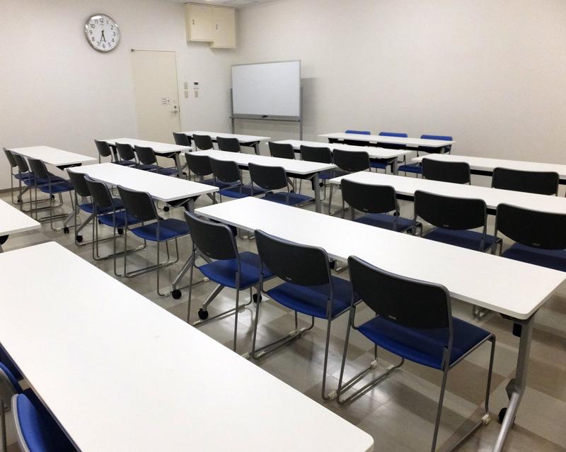 アピタテラスに約40名収容の「会議室」、地域向け貢献施設として1階に開設