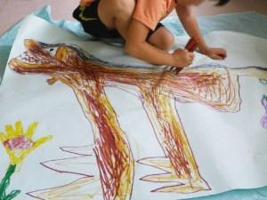 「キッズアート(絵と工作)」「絵の教室」などの絵画・図工関連コースも夏の自由研究やや想い出づくり、習い事のきっかけづくりにも役立ちそう(カルチャー日吉提供)
