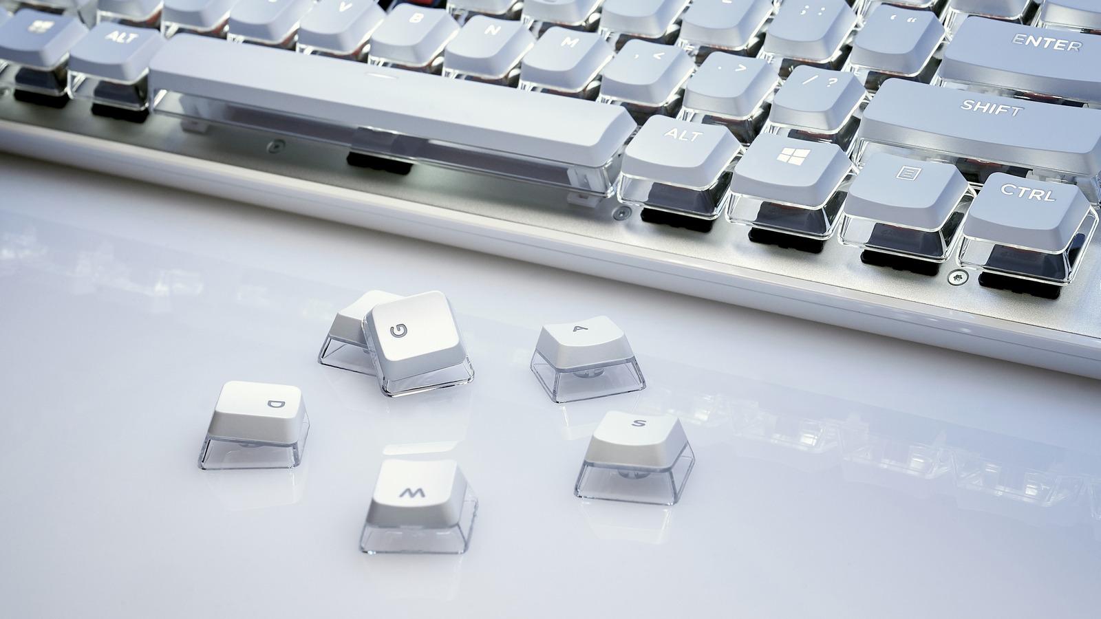 05-keycap-crystalcrown-white