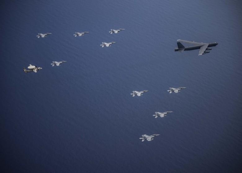 雙航母南海演習 海軍第七艦稱慶祝獨立日|即時新聞|美洲|on.cc東網