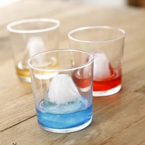 酒杯裏的富士山 - 東網即時