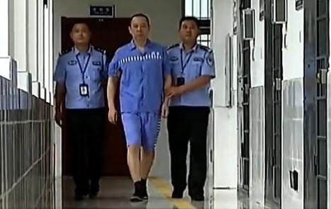 東方日報A1頭條:港富豪捲周永康案 即時新聞 港澳 on.cc東網
