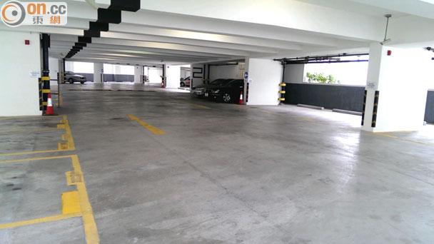 獨家消息:運輸署盲批臨時停車場搶爛市 - 東網即時