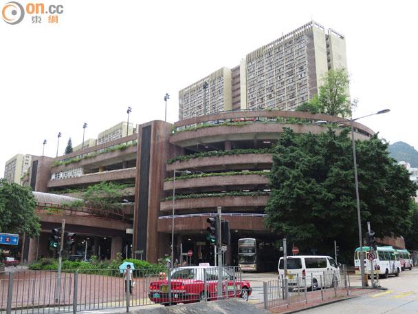 黃大仙中心停車場外租街客 領匯被指處事求其 - 東網即時