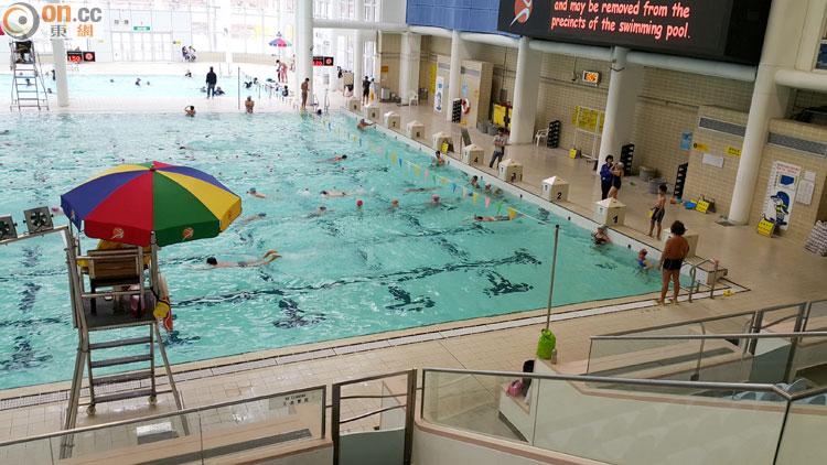 大角咀泳池封3個月做維修 泳客冇得游暖水 - 東網即時
