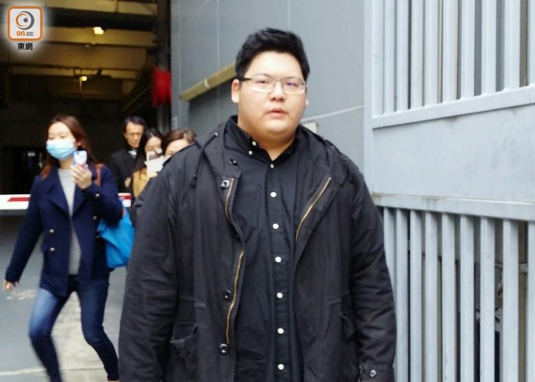 涉恐嚇的士司機自稱「向華強個仔」向佑罪成囚6個月 - 香港高登討論區