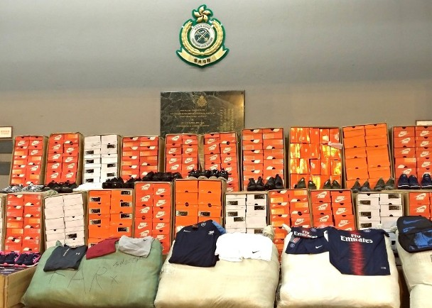 中港海關打擊冒牌運動品 檢5.8萬件市值170萬|即時新聞|港澳|on.cc東網