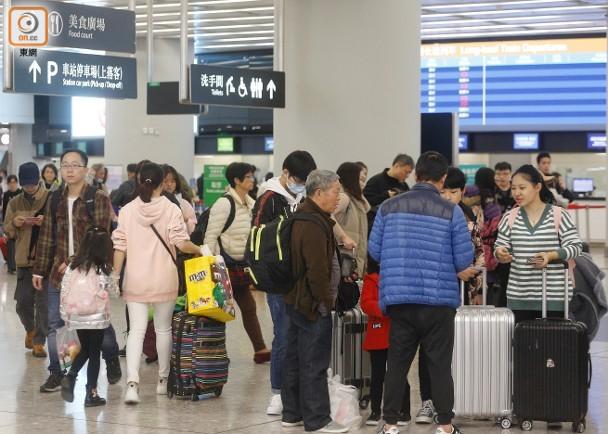 高鐵站通車後首迎新春假 候車大堂500座椅爆滿|即時新聞|港澳|on.cc東網