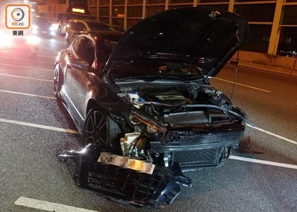 青荃橋2私家車疑切線相撞 司機俱傷乘客一度被困|即時新聞|港澳|on.cc東網