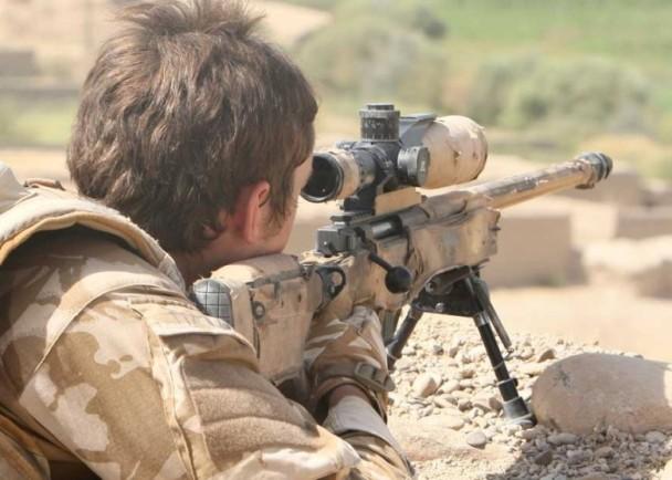 英空軍特勤隊神槍手 2400米外命中IS狙擊手|即時新聞|國際|on.cc東網