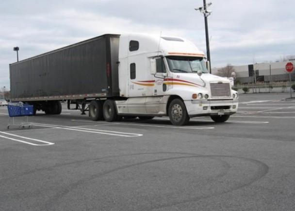 美國華人:貨車司機屢受歧視 跨州維權抗爭 即時新聞 國際 on.cc東網