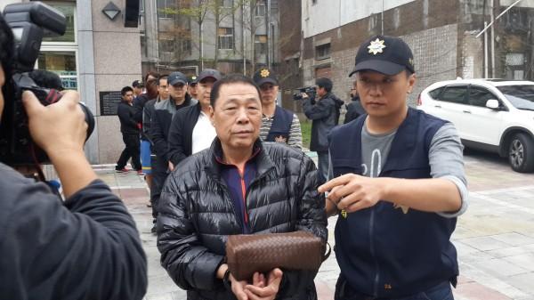 臺北被拘黑老大「空董」 曾涉歌手楊宗緯恐嚇案 - 東網即時