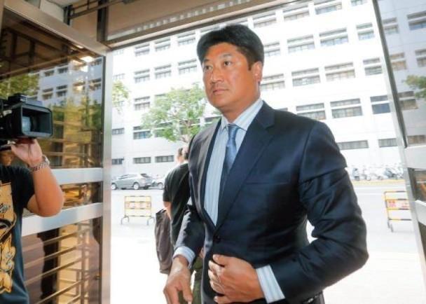為辜仲諒付保釋金 中信金被罰270萬總經理停權|即時新聞|臺灣|on.cc東網