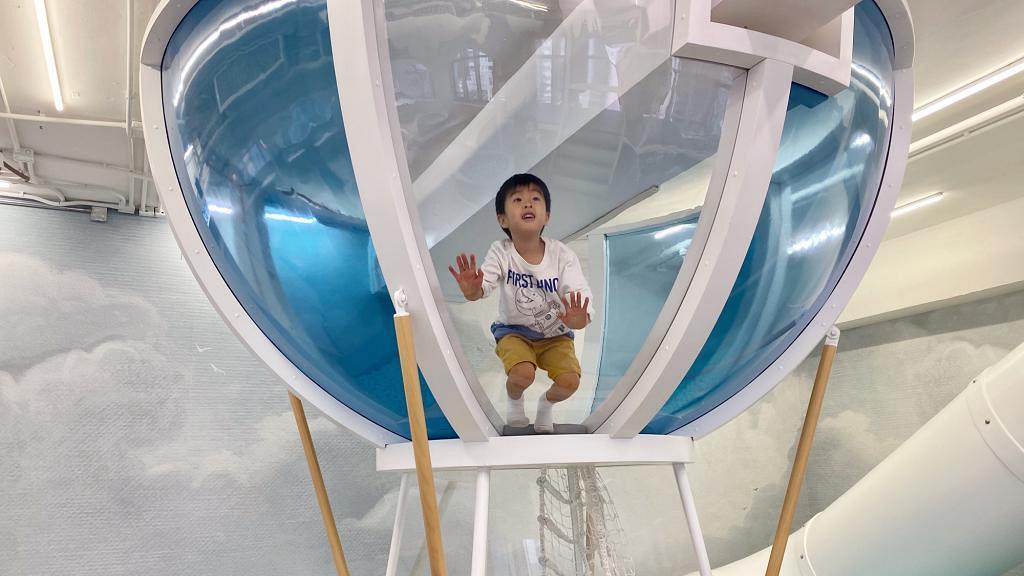 【親子好去處】荃灣新開英國製作室內遊樂場連cafe!熱氣球攀爬架/波波池/韆鞦 | 港生活 - 尋找香港好去處
