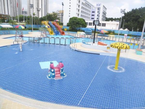 $17就玩到!全港13大公眾泳池滑水梯 | 港生活 - 尋找香港好去處