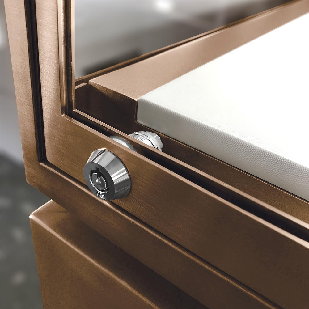 Closed Door with Cam Lock | Besty Display
