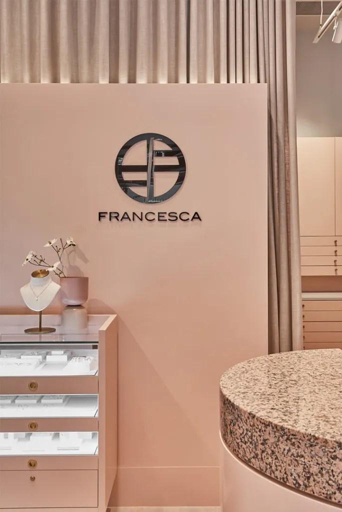 FRANCESCA Logo in Shop | Besty Display