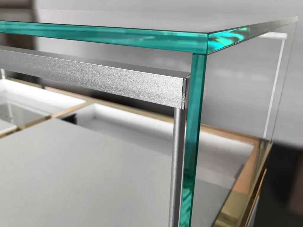 MT-10 Glass Detail   Besty Display