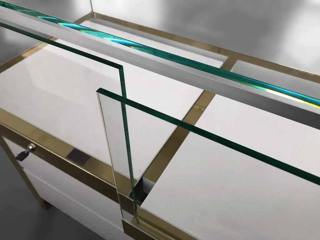 MT-10 Glass Tray Detail   Besty Display