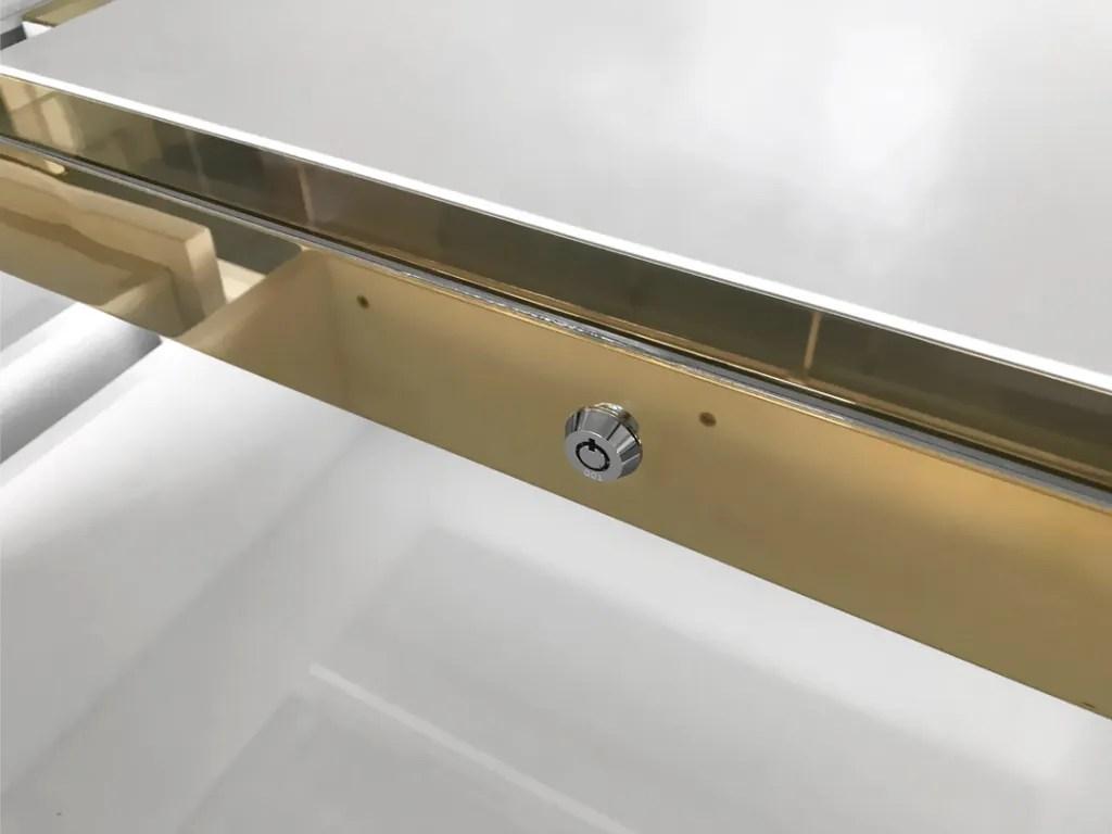 MT-10 Lock Detail   Besty Display