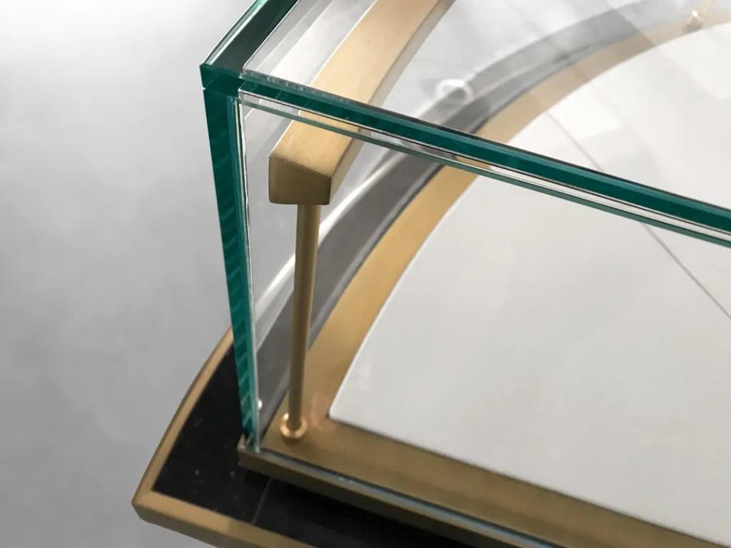 MT-36 Glass Detail | Besty Display
