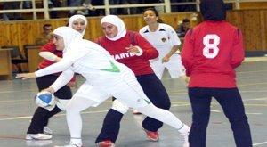 الاهلي يتوج بطلا لدوري السيدات لكرة اليد