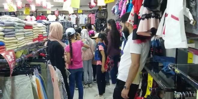 جامعة عمان الأهلية تنظم حملة خيرية لكسوة الأطفال الأيتام في محافظة البلقاءتحضيراً للعيد والمدارس