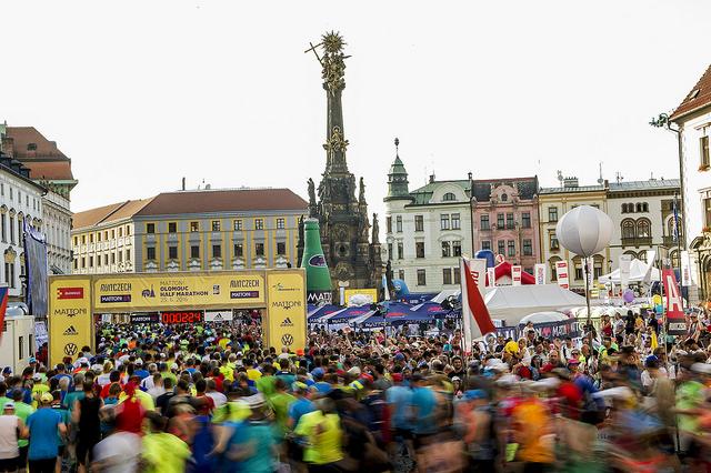 Mattoni 1/2 maraton - V letošním roce očekáváme na startovní čáře přes 9700 běžců z více než 45 zemí světa.