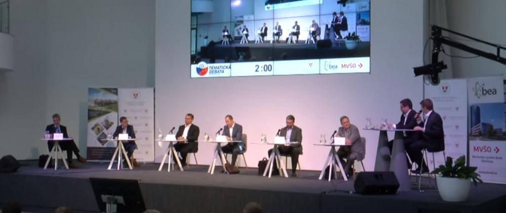 VIDEO: Podívejte se na záznam první debaty lídrů kandidujících stran v Olomouci