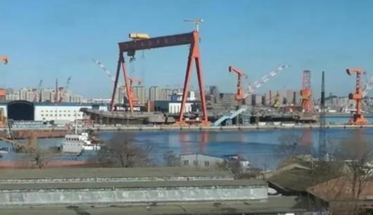 中國評論新聞:中國第三艘航母究竟長什麼樣?