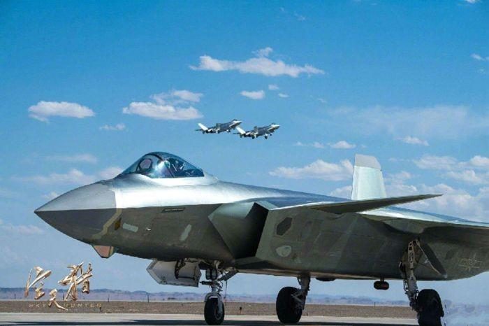 《空天獵》:一道了解中國空軍的文化大餐