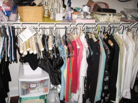 8 Easy Steps to Closet Cleanout