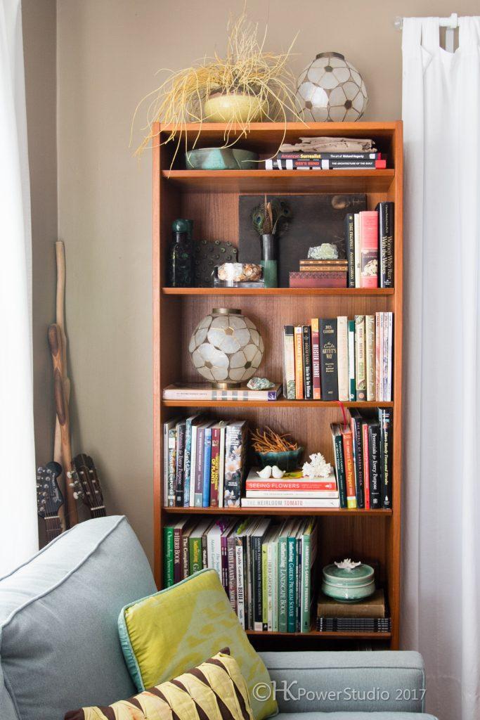 Makeover Monday:Escalators on my bookshelves