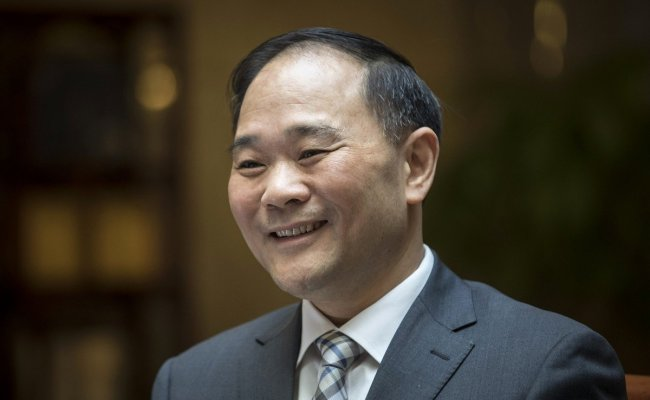 Chinese Automobiles Tycoon Li Shufu To Merge Geely With Volvo