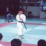 本會學員龍庭輝在進行男子套拳比賽  Mr. Lung Ting-fai, member of our Association, in a kata competition